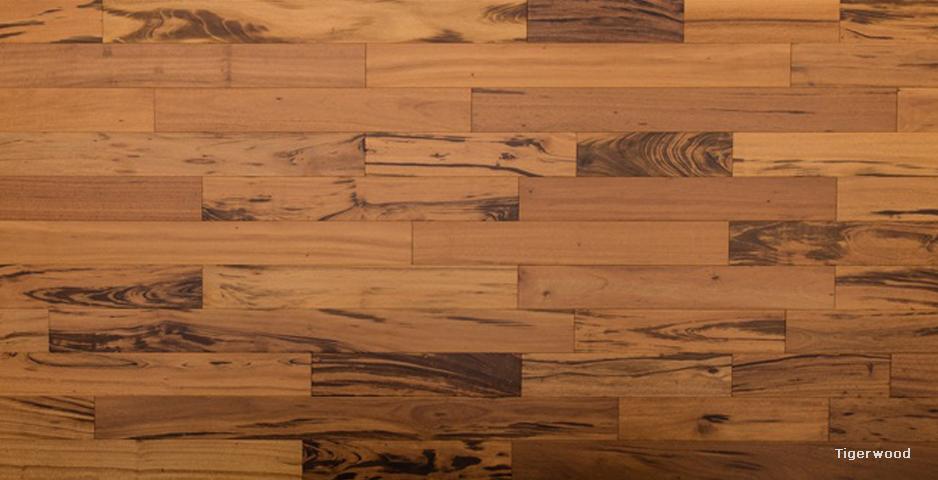 木材特点:老虎木学名虎斑楝,外皮灰褐色至黑褐色;日晒后成鳞片状翘曲,易脱落。内皮紫褐色,具光泽和松脂香味。纹理交错;结构细而匀;重量和强度中;干缩小。加工容易,径切面常有撕裂;胶黏、钉钉性能良好。略耐腐。干燥迅速,略有心裂。